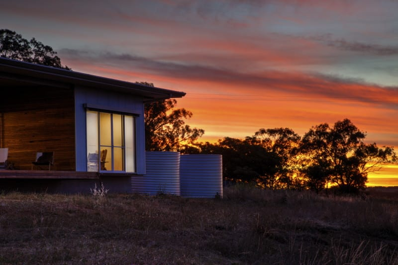 The river house gavin dale design for Rural home designs